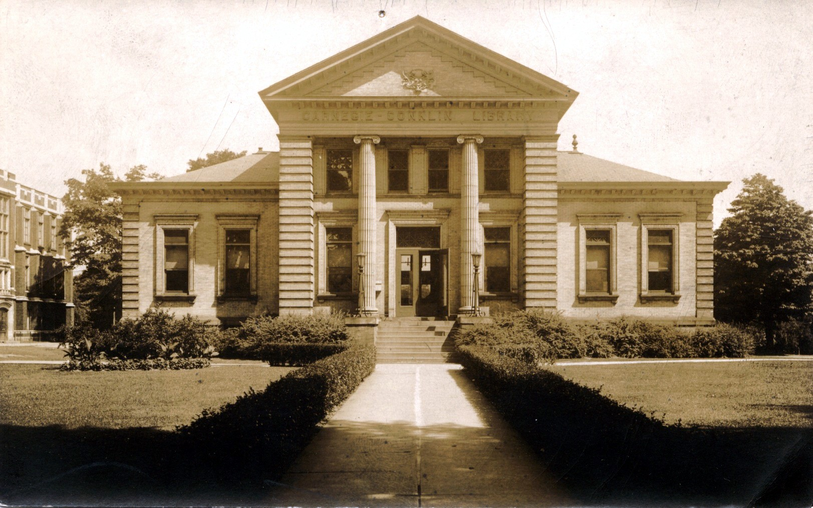 Old Ashtabula Library